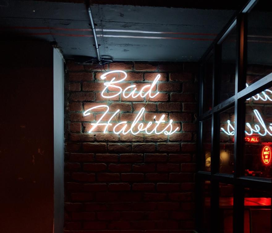 Bad Habits; focus; distraction; planning; lifestyle; freelance copywriter